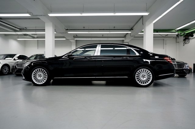 mercedes-maybach-s-560-!MODELL-2019!-!EXKLUSIV-PAKET-+-MAGIC-SKY-CONTROL-+-STANDHEIZUNG! (3).jpg