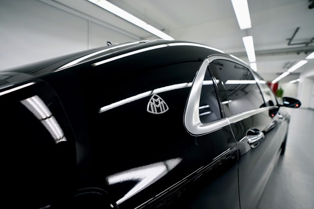 mercedes-maybach-s-560-!MODELL-2019!-!EXKLUSIV-PAKET-+-MAGIC-SKY-CONTROL-+-STANDHEIZUNG! (4).jpg