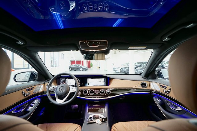 mercedes-maybach-s-560-!MODELL-2019!-!EXKLUSIV-PAKET-+-MAGIC-SKY-CONTROL-+-STANDHEIZUNG! (26).jpg