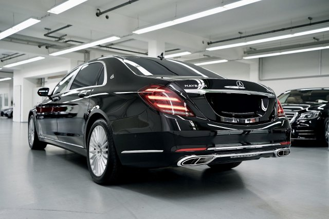 mercedes-maybach-s-560-!MODELL-2019!-!EXKLUSIV-PAKET-+-MAGIC-SKY-CONTROL-+-STANDHEIZUNG! (2).jpg