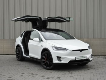 Tesla Model X Performance 772CP