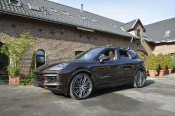 Porsche Cayenne * Air Suspension * Sports Seats* Camera * 22 TURBO